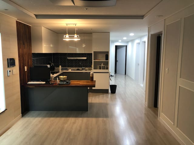 Cozy private room 의정부역 도보 5분 의정부중앙역 도보 10초 아파트 개인실