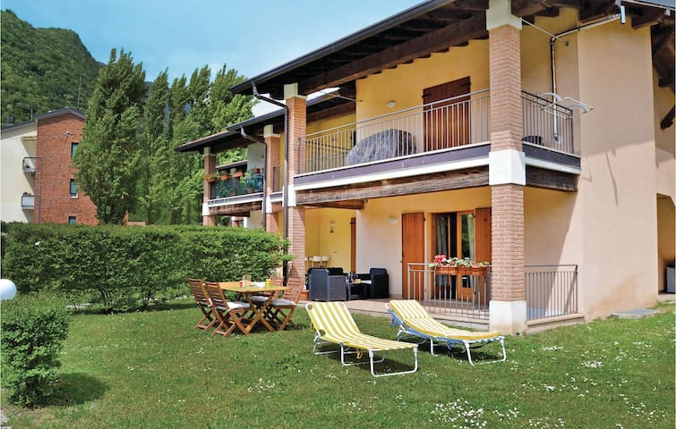 Holiday apartment with 2 bedrooms on 70 m² in San Michele -BS-