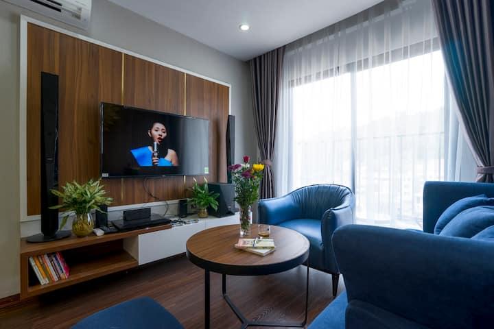 *Ha Long Homestay @ Sunrise Apartment- 4 BR