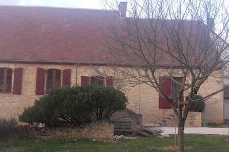 Maison entre Lot et Dordogne - Loupiac - Hus