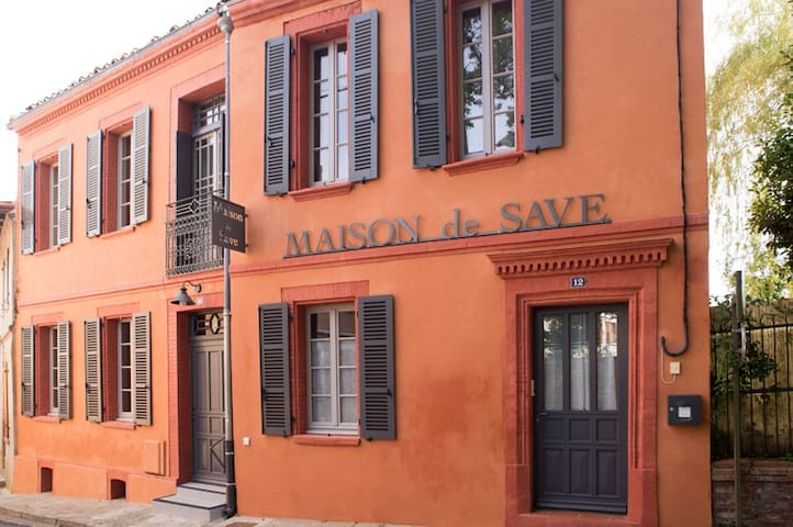 "MAISON de SAVE ""Côté Chateau"" - L'Isle-Jourdain - Appartement"