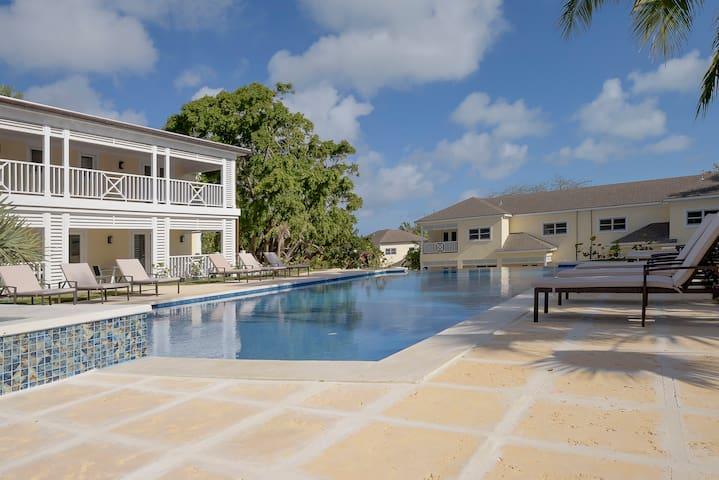 Comfortable Villa Near Beach w/ Shuttle Option