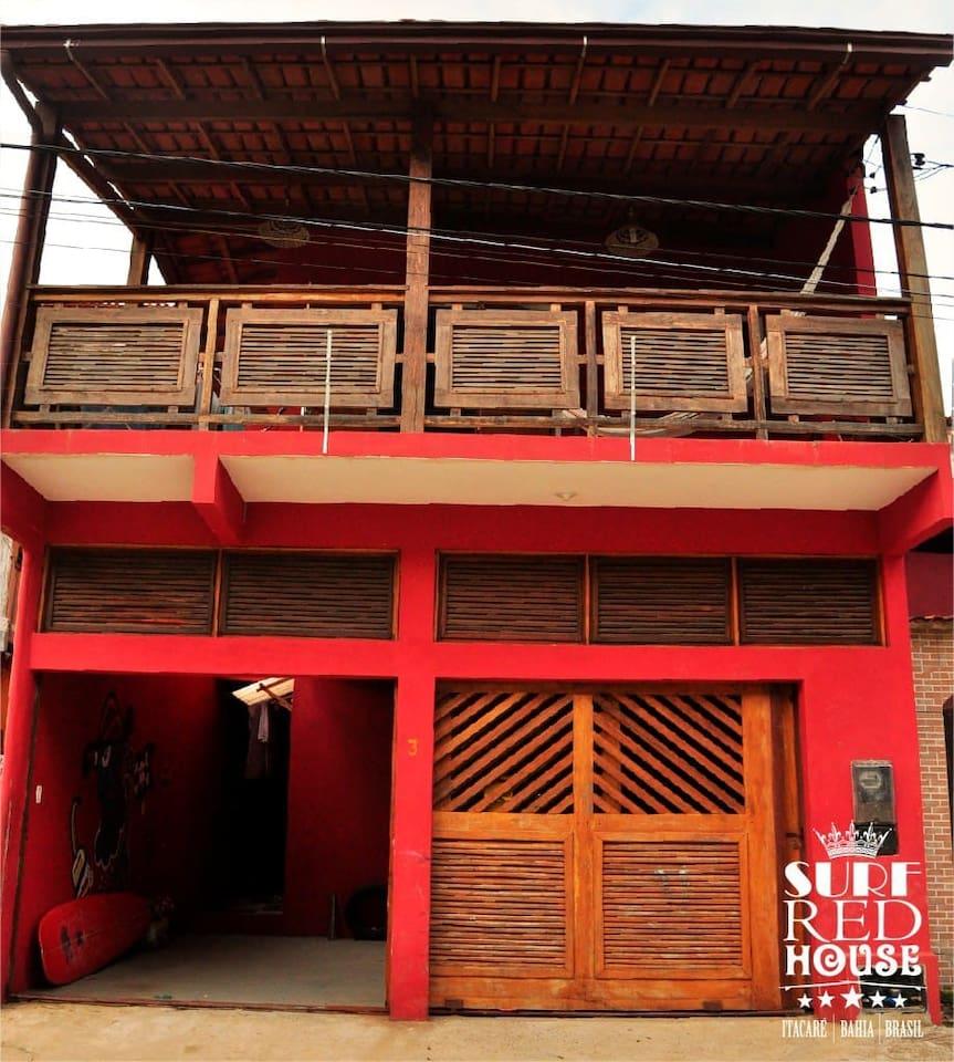 Frente da SURF RED HOUSE