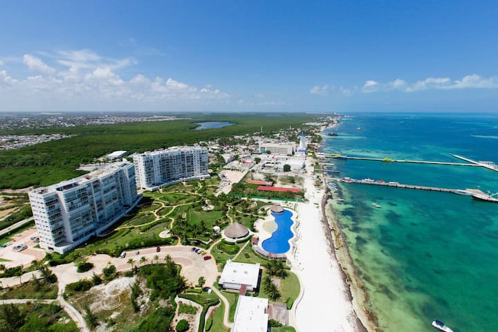 Amazing Beach Front Apartment, Cancun, CondoHotel - Cancún