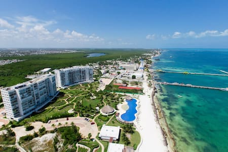 Amazing Beach Front Apartment, Cancun, CondoHotel - Cancún - Leilighet