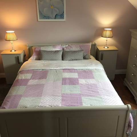 Ridgewood Lodge The Curragh Room 4/Sleeps 2