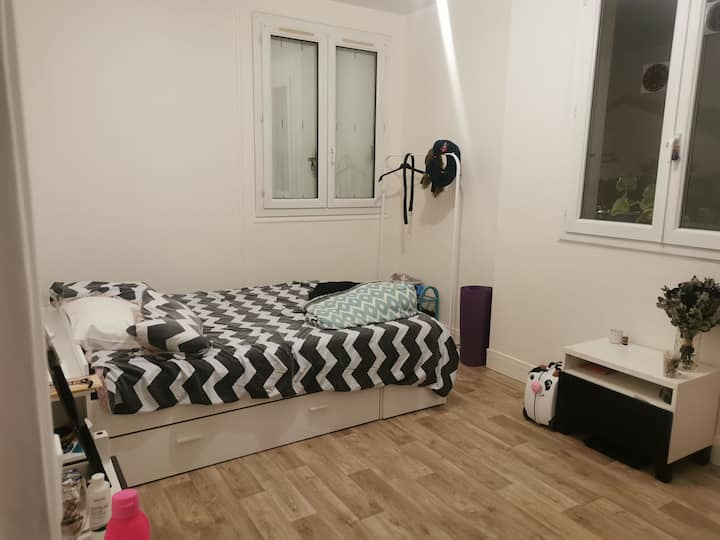 Chambre privée à Maisons-Alfort
