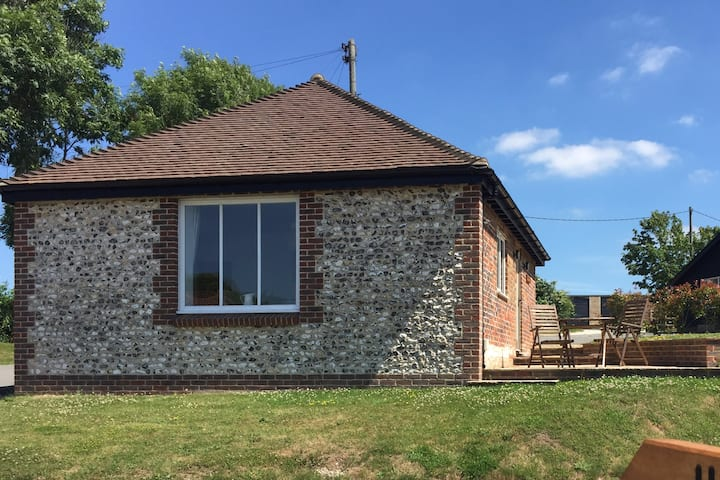 Cottage with the Best Views - Gallops Farm FINDON