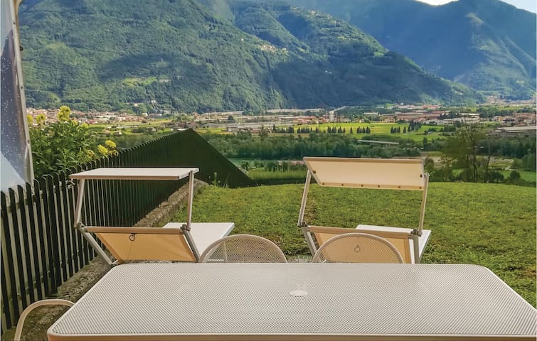 Terraced house with 2 bedrooms on 120 m² in Rogno (BG)