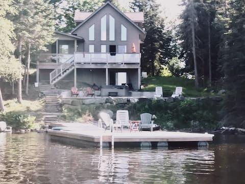 Cottage on Cecebe Lake