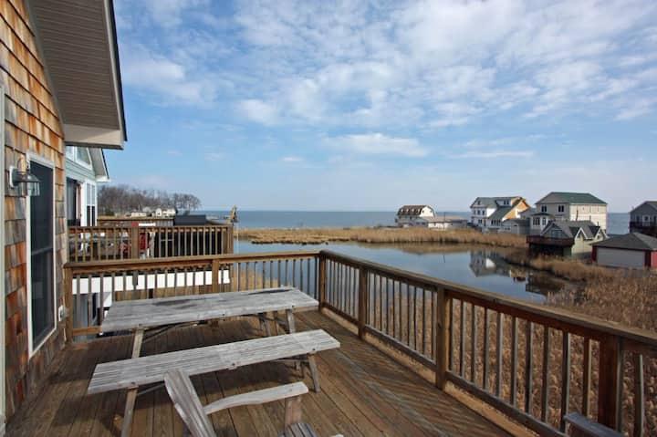 Warm Home Overlooking the Chesapeake Bay