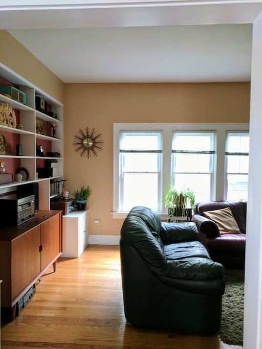 Master Bedroom Walk To Hospitals Uw Campus Houses For Rent In Madison Wisconsin United