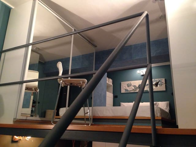 Great Loft perfect for 2 people - Milano - Leilighet