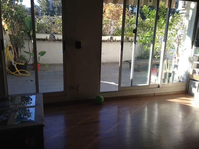 Habitación individual en familia junto a Valencia
