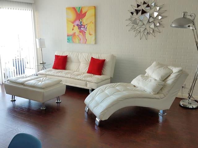The Cosmopolitan 3 Bedroom flat