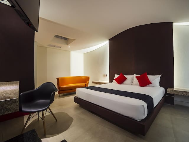 Warm Room Deluxe With Jacuzzi At Centro