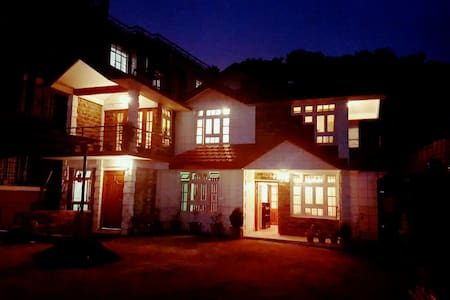 B&B Perched Next To Golf Course - Shillong - Inap sarapan