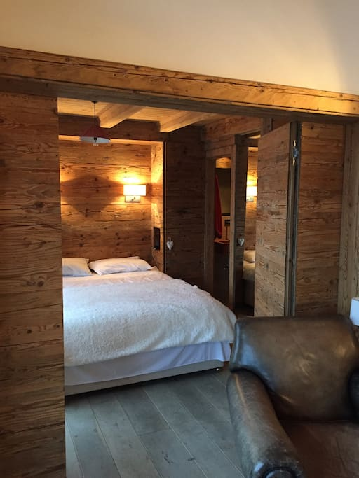 Stunning central verbier appartements louer bagnes for Chambre a louer verbier