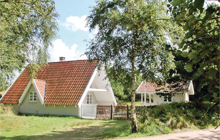 Holiday cottage with 3 bedrooms on 80m² in Fanø