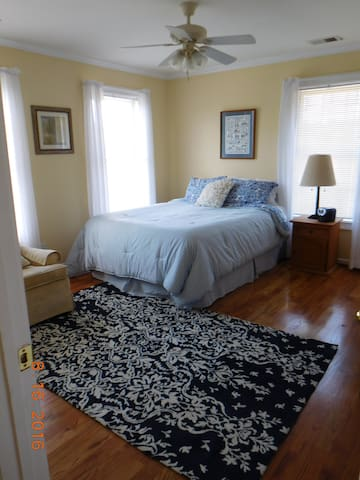 2 Bedroom Family Suite sleeps 5 - Easley - Dom