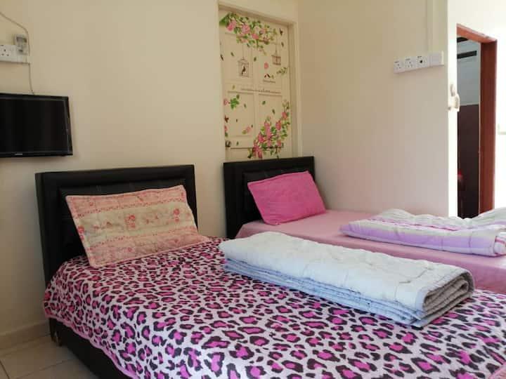 Paka Homestay (4th Room)