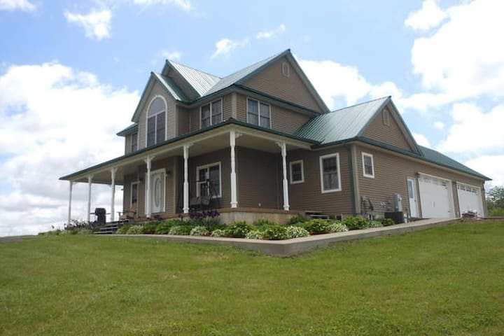 Rolling Green Acres - Lomax - Bed & Breakfast