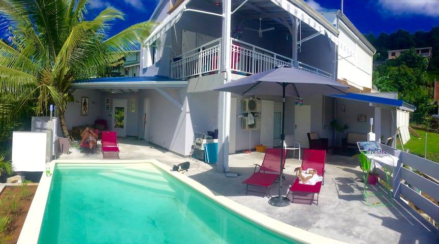 Villa Lucioles klimatisiert,wifi,Pool & Meerblick - Sainte-Luce - Rumah