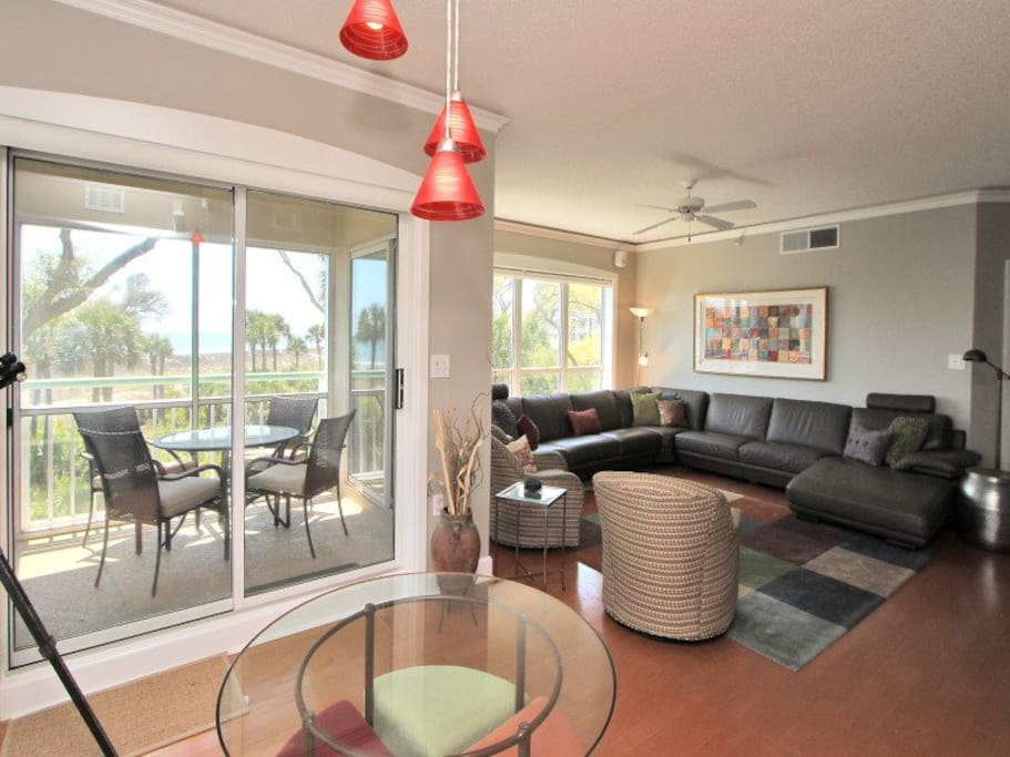 Living Room with Ocean Views and Large Flat Screen TV at 2220 Windsor II