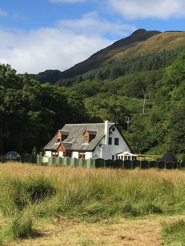 Luxury Bed and Breakfast, Rowardennan.