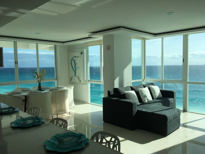 Ocean View Modern Condo & Luxury Amenities