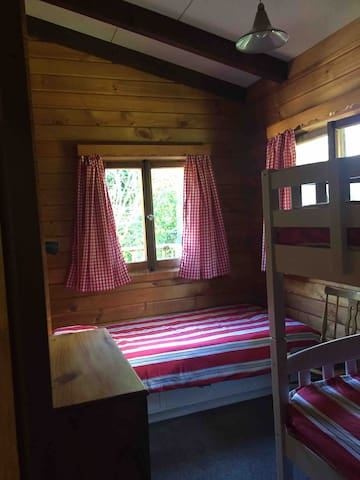 Bunk room - bunk bed and single bed