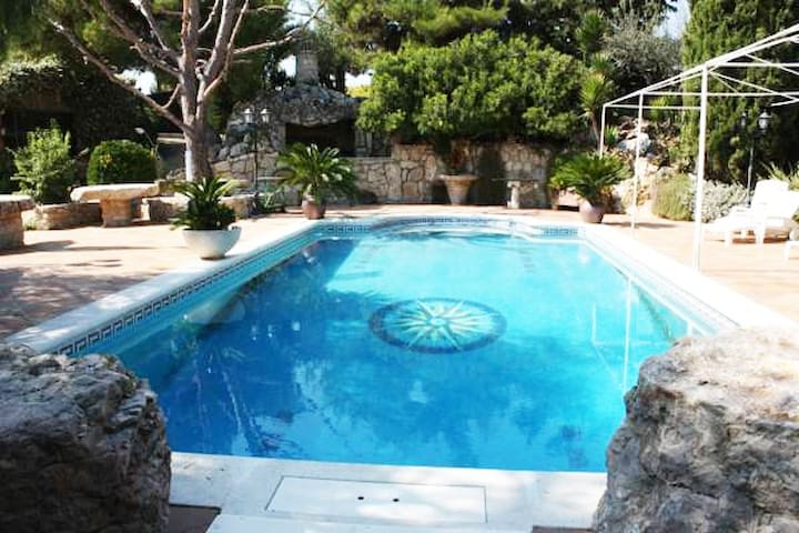 Casa rural con piscina y barbacoa - Sant Pau d'Ordal - Haus