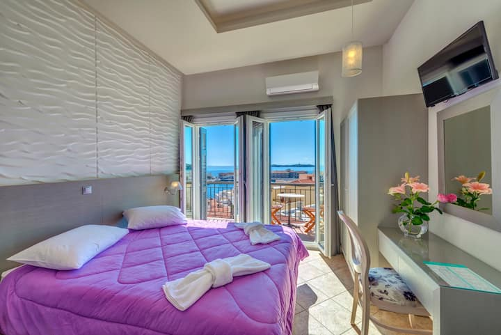 Exclusive Suite Ermoupolis with majestic sea view.