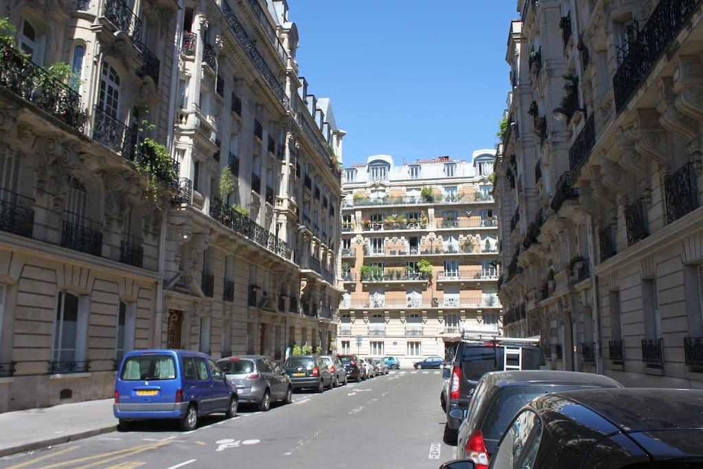 Rue de l'appartement, bâtiment de gauche