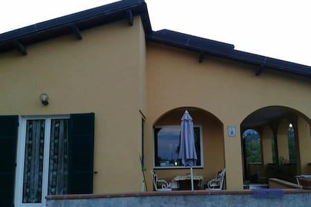 Villa bifamiliare 5 minuti dal mare - San Lorenzo al Mare
