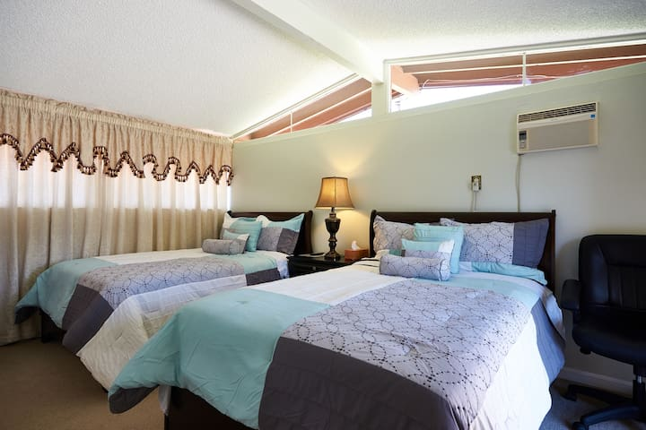 TOTALLY PRIVATE SUITE 5 MINUTES/DISNEY/CONV.CENTER