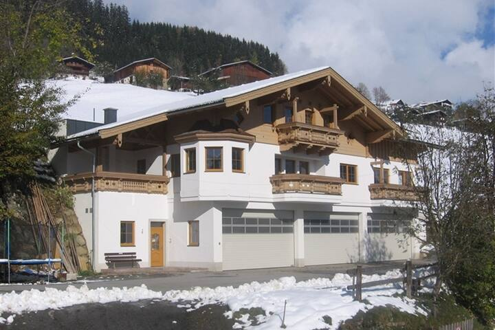 Stunning Apartment near Forest in Mittersill