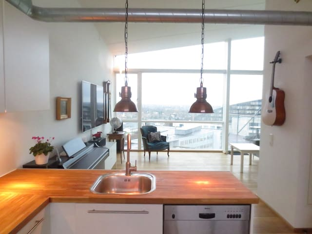Modern cosy apartement with amazing views! - København - Leilighet