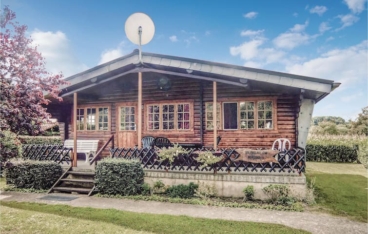 Holiday cottage with 2 bedrooms on 45m² in Waldbillig