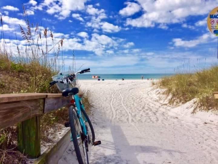 BeachHouse w/king+2bikes+smartTV   RelaxingSunsets