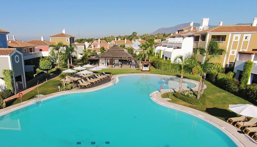Marbella, Cortijo del Mar Apartment - Estepona - Appartement