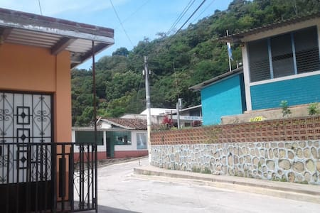 San Fernando hostal Chalatenango.