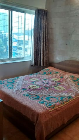 Cosy Private Room in Lokhandwala - Bombay - Appartement