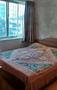 Cosy Private Room in Lokhandwala - ムンバイ