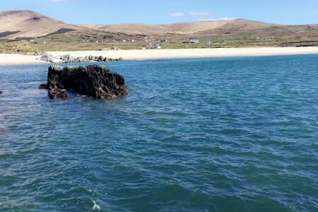 Allihies luxury glamping pods  Ocean views