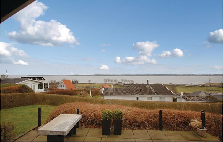 Holiday cottage with 2 bedrooms on 55m² in Aabenraa