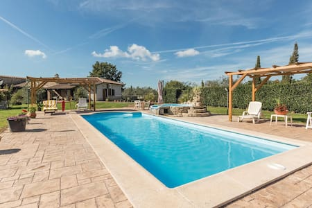 Semi-Detached with 2 bedrooms on 65m² in Manziana -RM-
