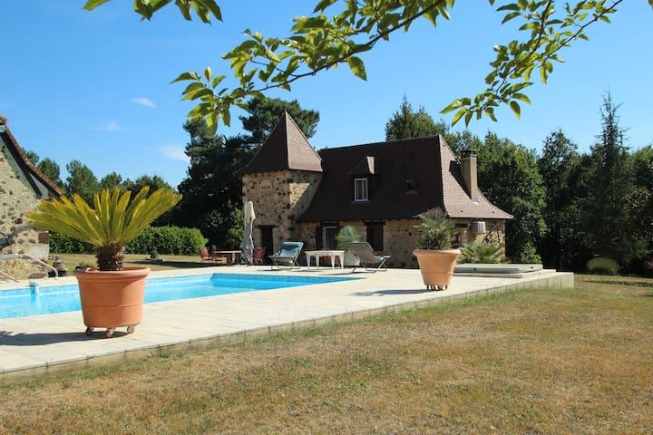 Les Fauchedies : a romantic hideway in Dordogne - Rouffignac-Saint-Cernin-de-Reilhac