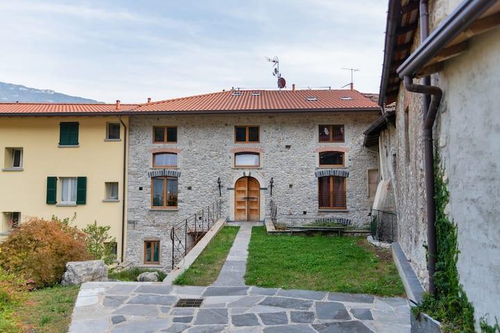 Camera del Castellano - Pescate - Lecco