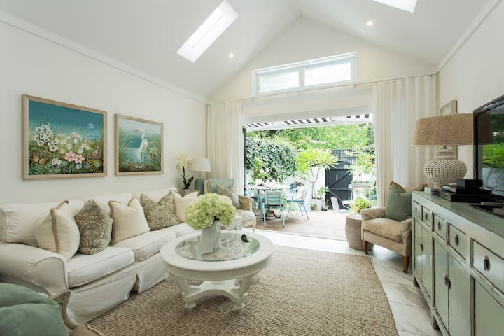 Stylish Interiors in the Bay - Double Bay - Ev